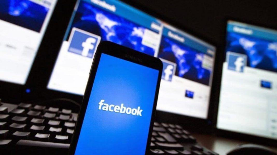 Истории бизнес-страниц появились в Facebook