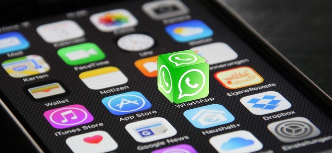 WhatsApp ограничит пересылку сообщений пятью получателями