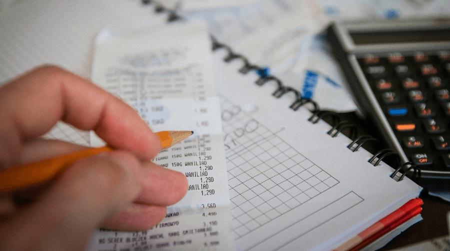 Как предпринимателю вести бухгалтерию и зачем это нужно