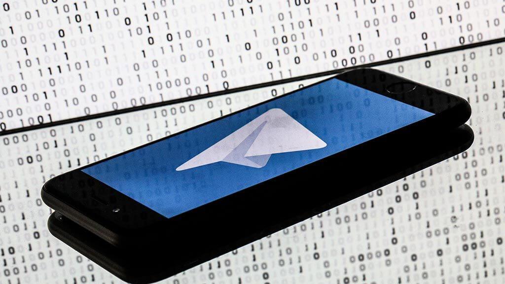 Telegram выкатил статистику каналов и позволил группировать чаты по папкам
