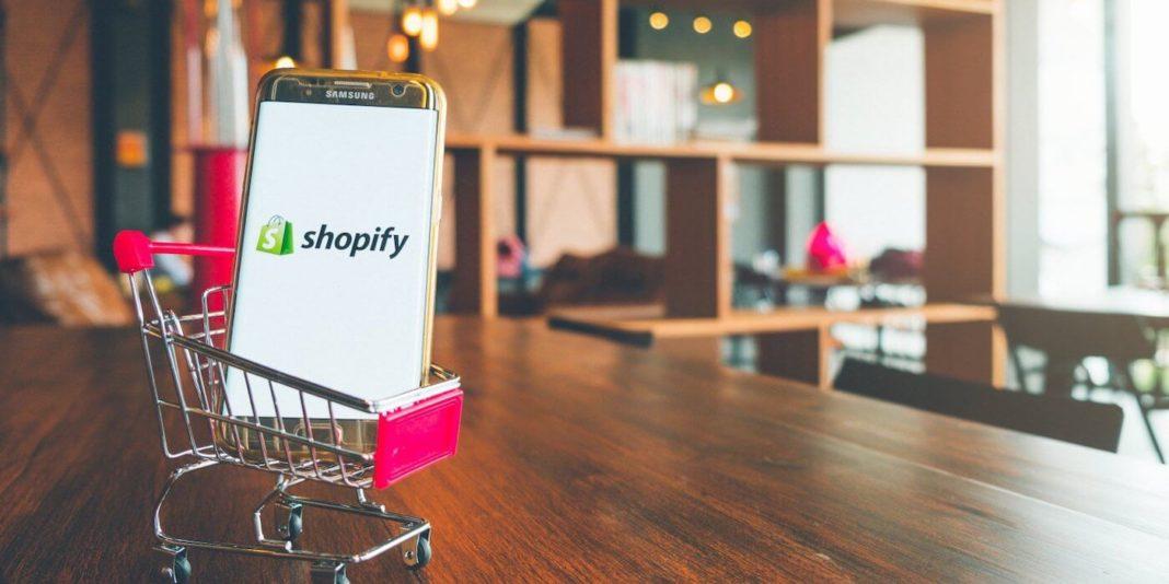 Facebook и Instagram развернули интеграцию с Shopify