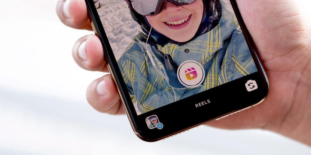 Instagram ограничит охват видео перезалитых из TikTok в Reels
