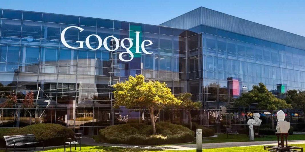 Джон Мюллер: удаление комментариев на сайте влияет на позицию в Google